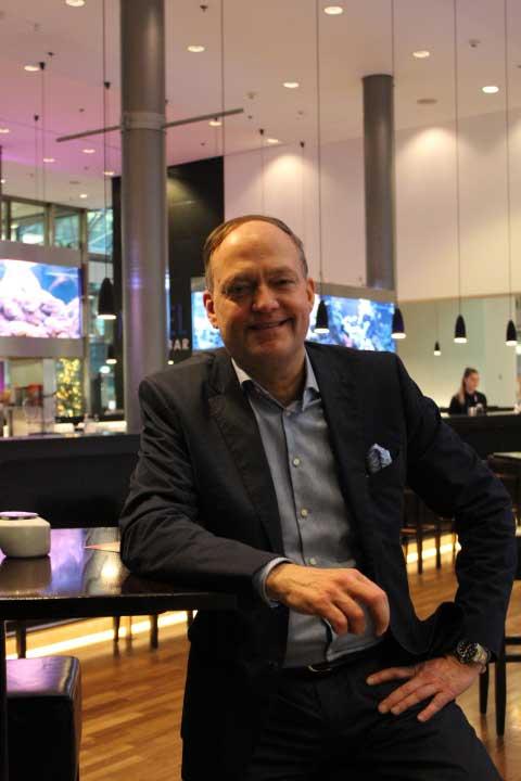 Roger Schlinke überzeugt seine Teilnehmer mit lebhaften Darstellungen