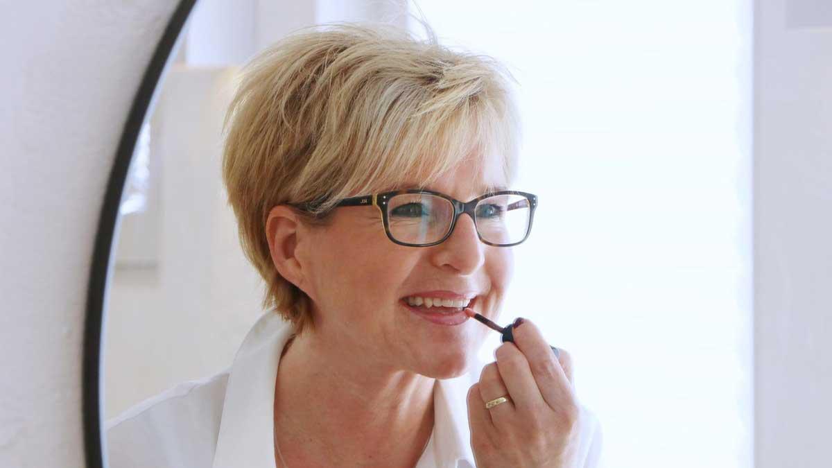 Birgit Bollwein unterstützt Kosmetikerinnen, zu verkaufen, ohne verkäuferisch zu wirken